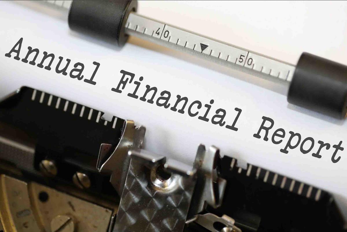 Annual Financial Report - Typewriter image